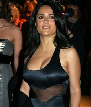 salma-hayek-breast-augmentation-05-e1421402718912