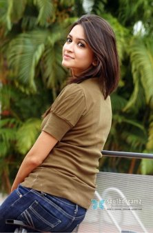 actress-kriti-kharbanda-sexy-photos-04_720_southdreamz