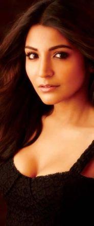 Anushka Sharma Hot cleavage in latest Photoshoot Stills, Anushka Sharma Hot Navel cleavage show pictures