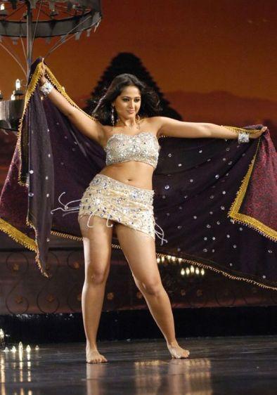 Actress Stills-Images-Photos-Mollywood-Kollywood-Tollywood-Bollywood Actress Gallery