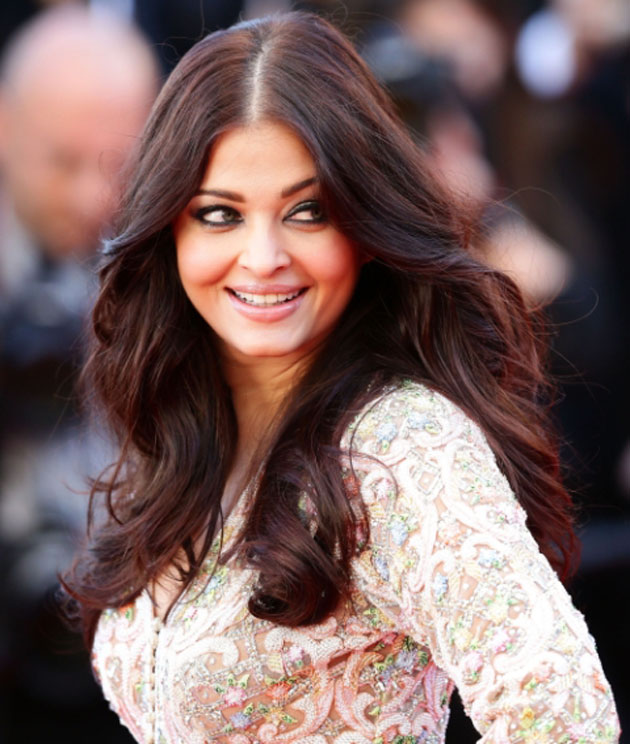 Aishwarya-Rai-Top-10-Famous-Indian-Celebrity-Hairstyle-Inspirations-2