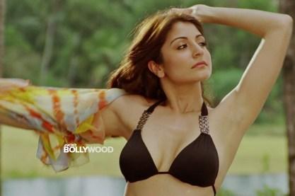 Anusha-Sharma-hot-Bikini-Photos-04