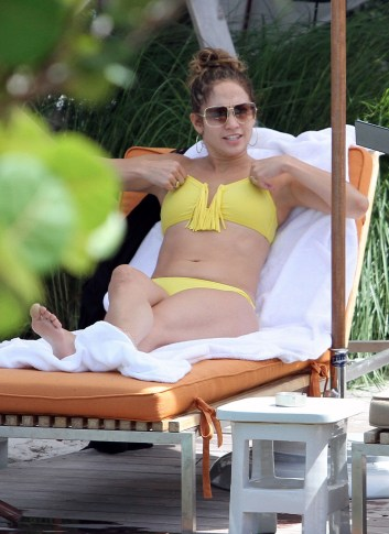 50870353 Singer Jennifer Lopez hits the pool with her entourage at their hotel in Miami, Florida on August 30, 2012. Lopez enjoyed tanning and relaxing on the lounge chairs while her son Max, daughter Emme and her boyfriend Casper Smart took a dip and played in the pool. Singer Jennifer Lopez hits the pool with her entourage at their hotel in Miami, Florida on August 30, 2012. Lopez enjoyed tanning and relaxing on the lounge chairs while her son Max, daughter Emme and her boyfriend Casper Smart took a dip and played in the pool. FameFlynet, Inc - Beverly Hills, CA, USA - +1 (818) 307-4813