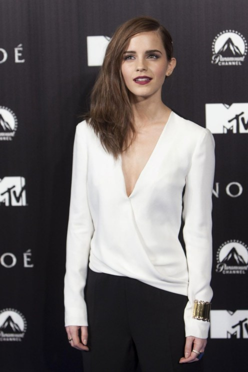 emma-watson-at-noah-premiere-in-madrid_1