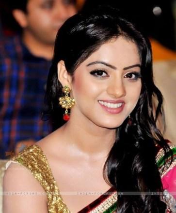 Deepika-Singh-Biography