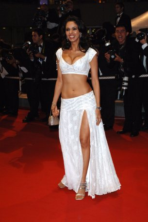 Bollywood actress MALLIKA SHERAWAT at the gala screening of Sin City at the 58th Annual Film Festival de Cannes. May 18, 2005 Cannes, France. © 2005 Paul Smith / Featureflash*** USA ONLY ***