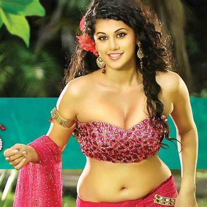 Tapsee_832015124322325