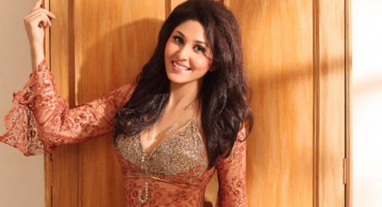 550x298_Pooja-Chopra-s-rise-to-fame-documented-in--The-World-Before-Her--7823