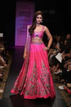 6-Indian-lehanga-choli-dresses-for-functions-5