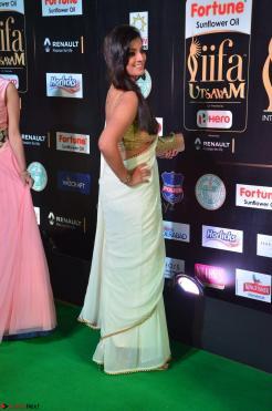 Varalakshmi in Cream Saree Sleeveless Backless Deep Neck Choli at IIFA Utsavam Awards March 2017 008