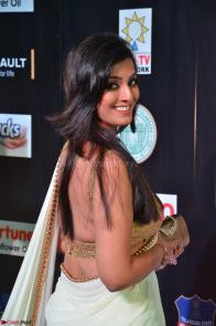 Varalakshmi in Cream Saree Sleeveless Backless Deep Neck Choli at IIFA Utsavam Awards March 2017 012