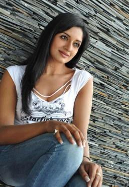 vimala-raman-hot-photos-exclusive-274c4e62