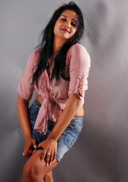 vimala-raman-hot-photos-in-mini-skirt-vimala-raman-1931386943