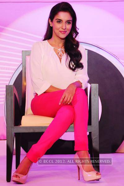 Actress-Asin-at-Fair-Lovely-promotional-event-held-in-hotel-Park-Hyatt-Hyderabad