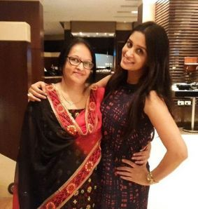 Dipika_Kakar_mother