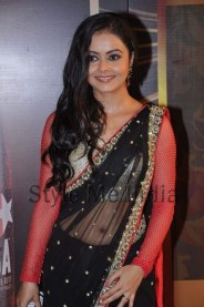 i-got-from-my-first-earning-from-a-stage-show-devoleena-bhattacharjee-1441544745p84cl