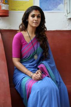 Nayantara Photos Gallery Collection In Saree (4)