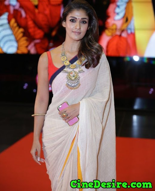 Nayanthara-Hot-Photos-In-Saree-At-SIIMA-Awards-2016-3