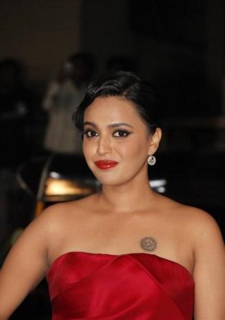 Swara Bhaskar profile family, wiki Age, Affairs, Biodata, Height, Weight, Husband, Biography go profile3