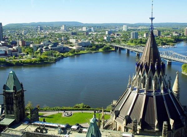 カナダの首都、オタワ