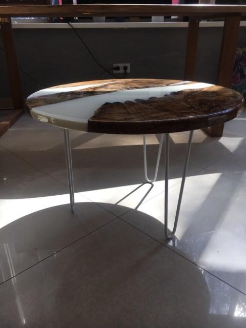 круглый стол из эпоксидной смолы в украине