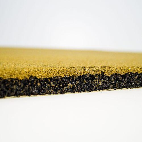 желтая резиновая плитка