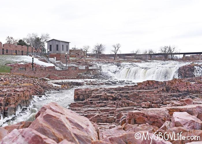 My GBGV Life Falls Park In Sioux Falls, South Dakota - Nature Friday