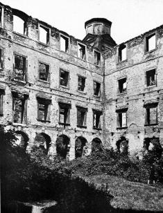 This is what the castle looked like for nearly 200 years, since a fire in 1811. Rennovation was only just completed, in 2009 (photo: National Museum)