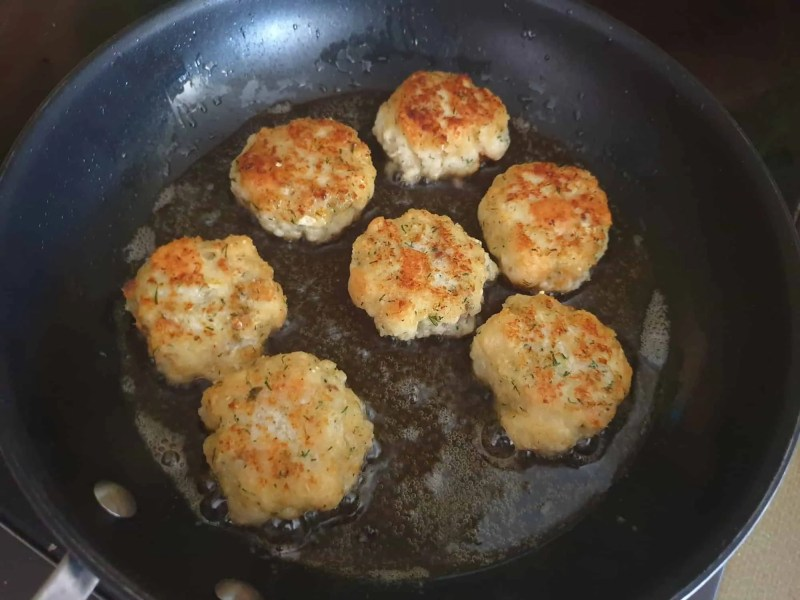 Finished fish cakes
