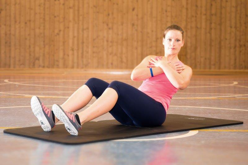 effektives Bauchmuskeltraining - Oberkörperrotation links