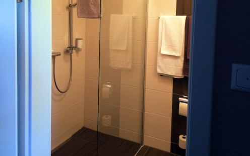 IBS Bad mit Dusche
