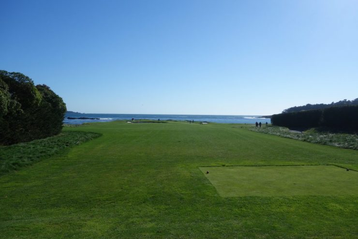 17th hole at Pebble Beach golf links