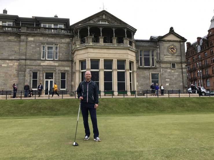 St. Andrews old course clubhouse