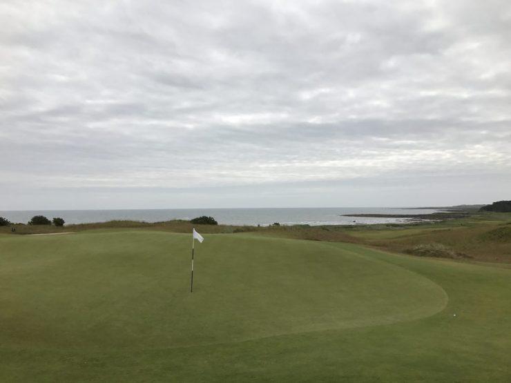 kingbarns golf links hole 1 green