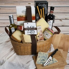 Italian Luxuries Gift Basket – FREE SHIPPING (5.7 pound)