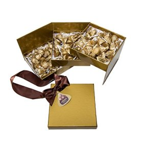 Kisses Deluxe Candy Gift Box, 21.7 Ounce