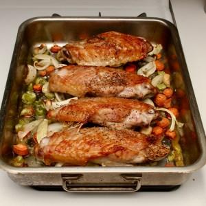 Easy Make Ahead Turkey Gravy