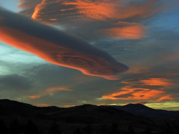 Some Sierra Wave Clouds