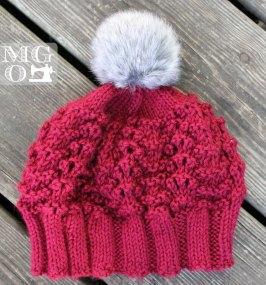handmade knits pompom beanie