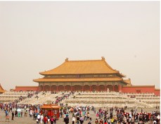 The Forbidden City was the Chinese imperial palace from the Ming Dynasty to the end of the Qing Dynasty. .For almost 500 years, it served as the home of emperors and their households, as well as the ceremonial and political center of Chinese government.