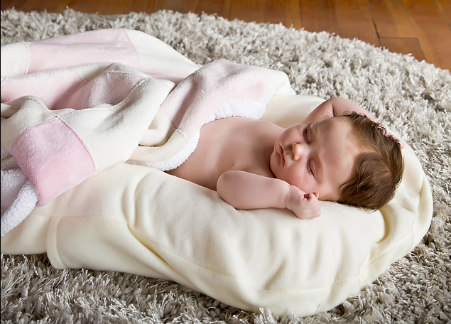 Snuggle Me Organic Co-Sleeper