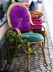 Street chair x