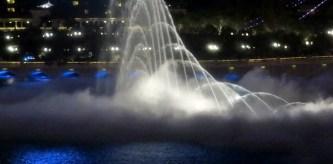 bellagio fountain 3