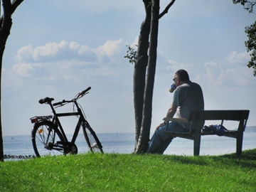 featured - man with a view