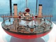round ship