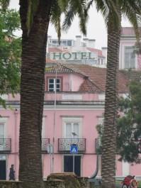aveiro - pink hotel