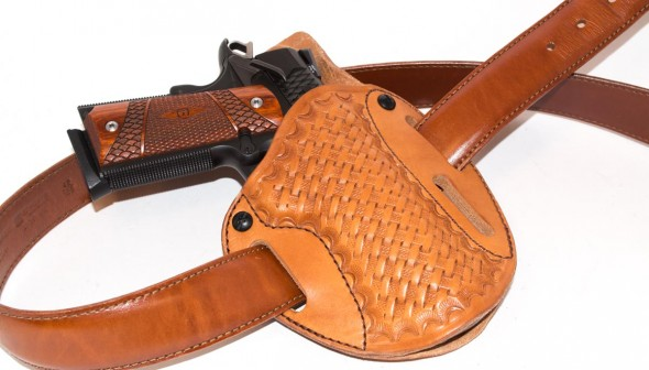 The Simply Rugged Holsters Cuda is shown here in the outside-the-waistband configuration.