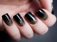 black-nails-art-design