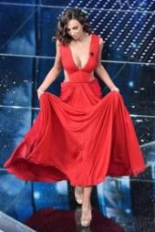long-dress-rosso-per-madalina-ghenea