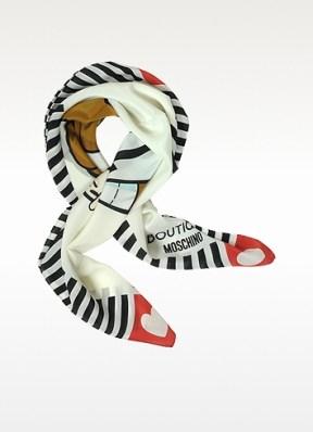 http://www.forzieri.com/square-scarves/moschino/ym030216-003-01?gfx=1&utm_source=linkshareUS&utm_medium=affiliate&utm_campaign=%3CLSNPUBID%3E